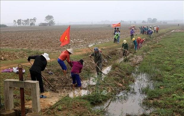 政府总理要求采取配套措施推进灾后恢复重建工作 hinh anh 2