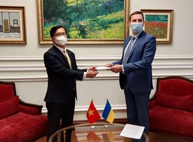 乌克兰高度评价与越南友好合作关系 hinh anh 1