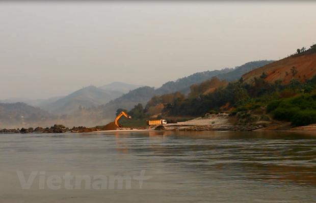 外交部例行记者会:越南为湄公河流域可持续发展作出切实贡献 hinh anh 1