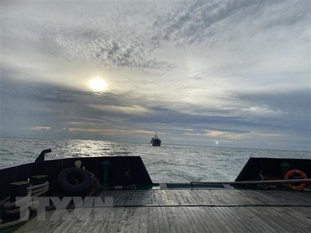 外交部例行记者会:越南海军潜艇营救在海上遇险的俄罗斯货船 hinh anh 1