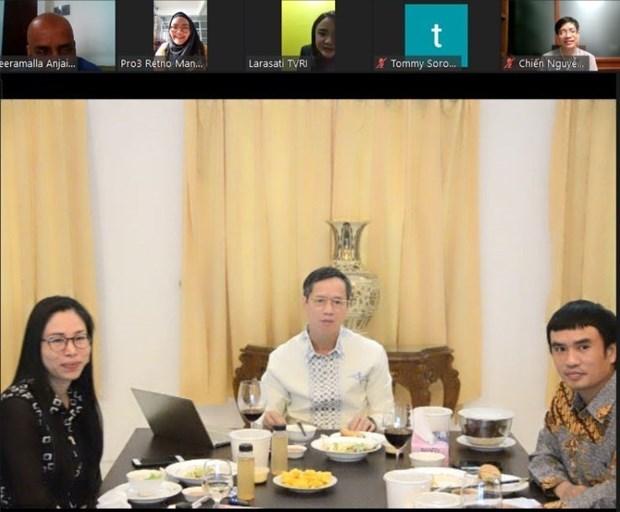越南与印尼促进两国各个领域全方位合作 hinh anh 1