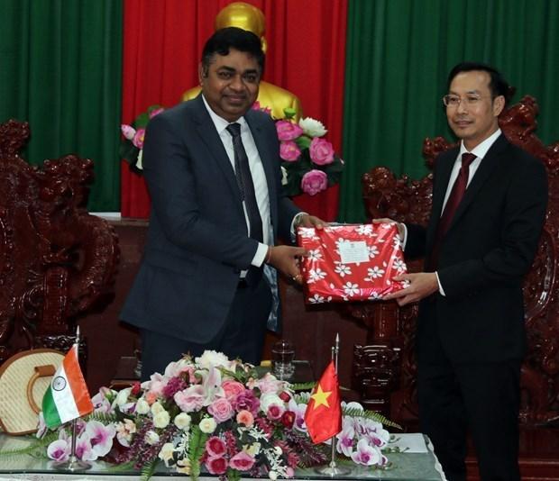 坚江省促进与印度各地的合作 hinh anh 1