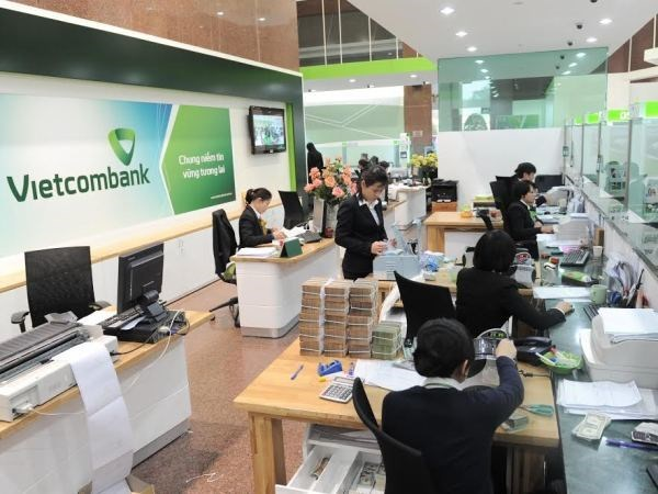 Vietcombank荣获《亚洲银行家》越南最具实力银行奖 hinh anh 2