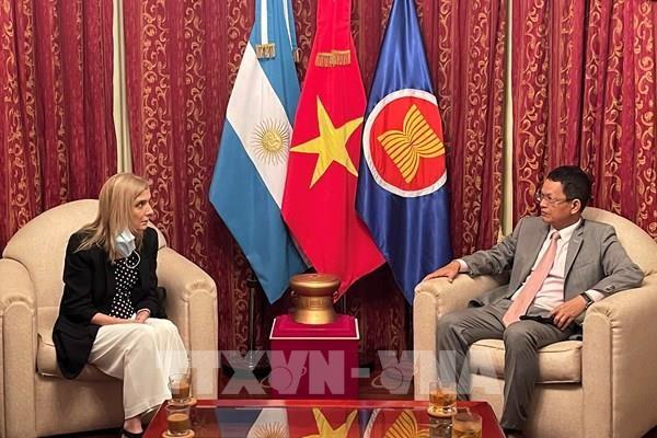 阿根廷国家通讯社希望与越南通讯社加强合作 hinh anh 1