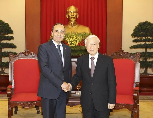 庆祝越南与摩洛哥建交60周年在线图片展正式举行 hinh anh 1