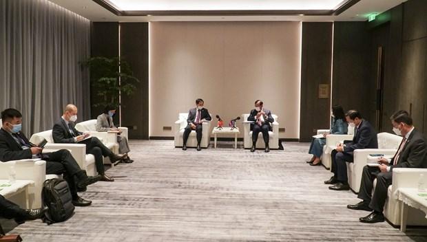 越南外交部长裴青山会见柬埔寨副首相兼外交和国际合作部大臣布拉索昆 hinh anh 2