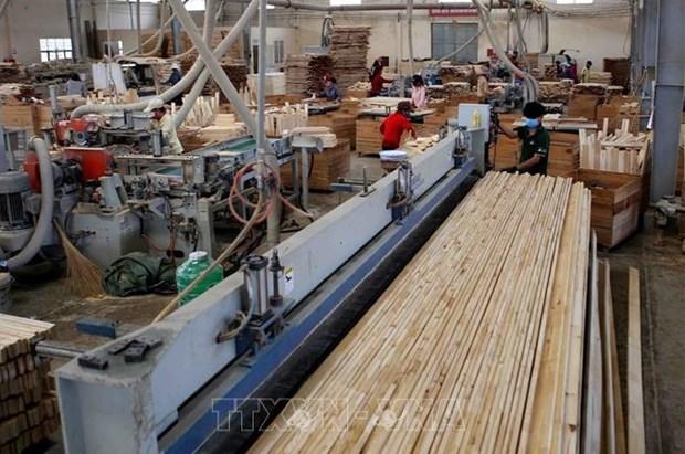 在新冠肺炎疫情冲击下越南木材出口仍超出预期 hinh anh 1