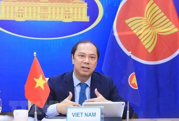 东盟-中国合作:强调在解决地区紧迫性问题中的承诺 hinh anh 2