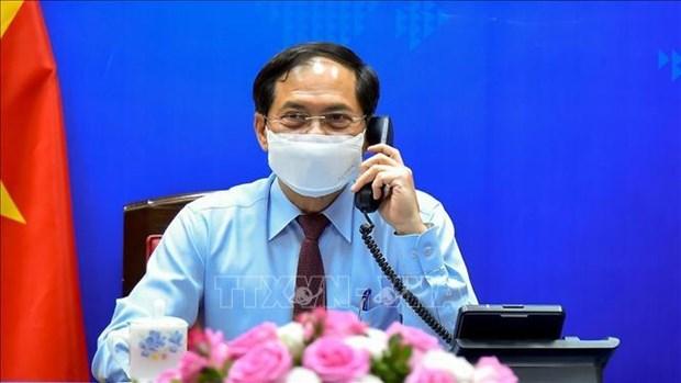 越南与加拿大不断拓展合作领域 携手应对新冠肺炎疫情 hinh anh 1
