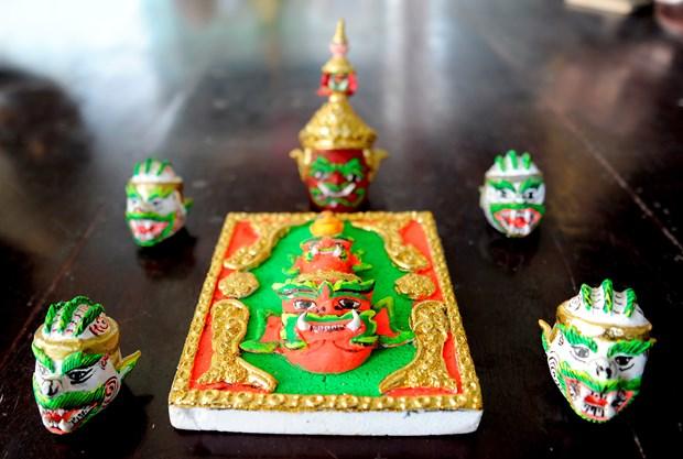 对高棉族文化保护工作充满热情的年轻艺人 hinh anh 2