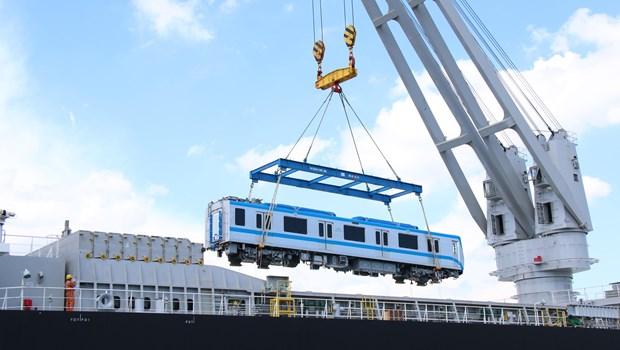 滨城-仙泉地铁1号线5条列车运抵胡志明市 hinh anh 1