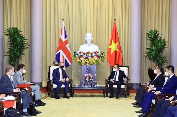 越南国家主席阮春福:推动越南与英国战略伙伴关系深入、高效、务实发展 hinh anh 1