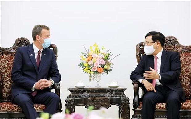 越南政府副总理范平明会见澳大利亚贸易、旅游和投资部长 hinh anh 1