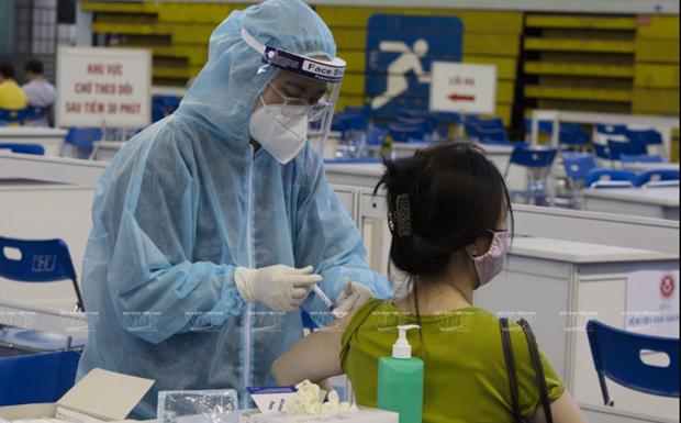 截至目前越南完成第二针新冠疫苗接种人数超过28.3万人 hinh anh 1