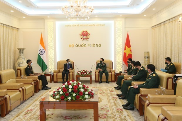 越南与韩国和印度加强防务合作 hinh anh 2