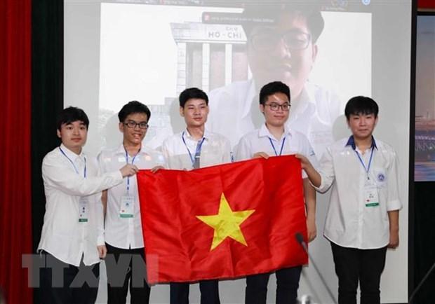 2021年国际物理学奥林匹克竞赛:越南学生夺得三金两银 hinh anh 1