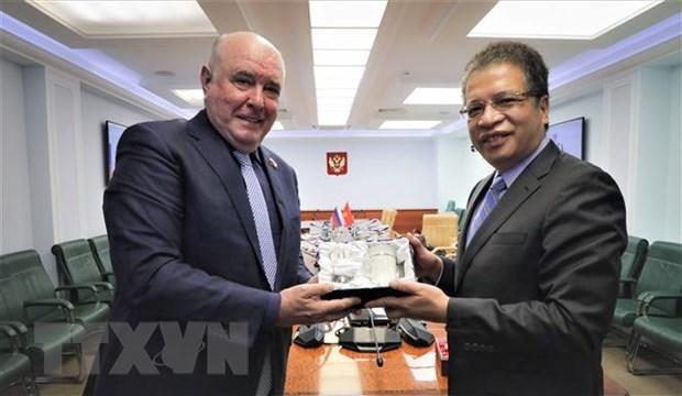越南提议俄罗斯联邦委员会推动支持转让疫苗生产技术 hinh anh 1