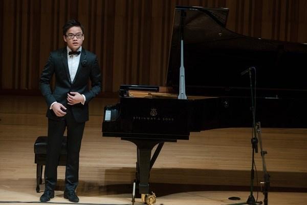 阮越忠钢琴师进入世界最负盛名的钢琴比赛决赛 hinh anh 1