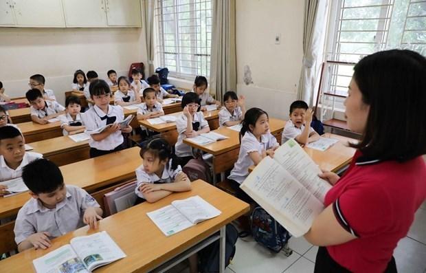 越南将俄语、日语、法语及汉语纳入初中等教育第一外语科目 hinh anh 1