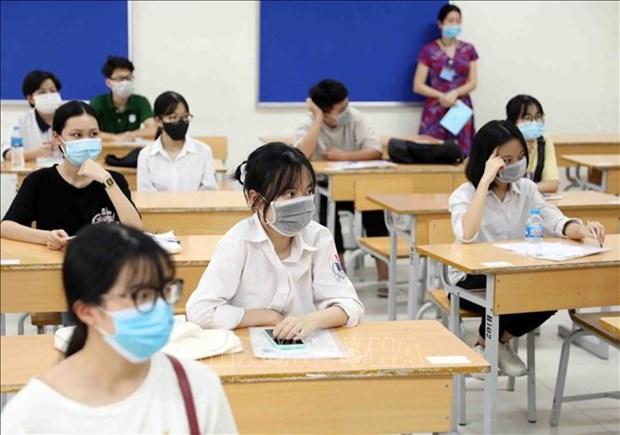 39个省市超过1.1万名考生报名参加2021年第二批高中毕业考试 hinh anh 1