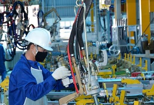2021年前7个月工业生产指数同比增长7.9% hinh anh 1