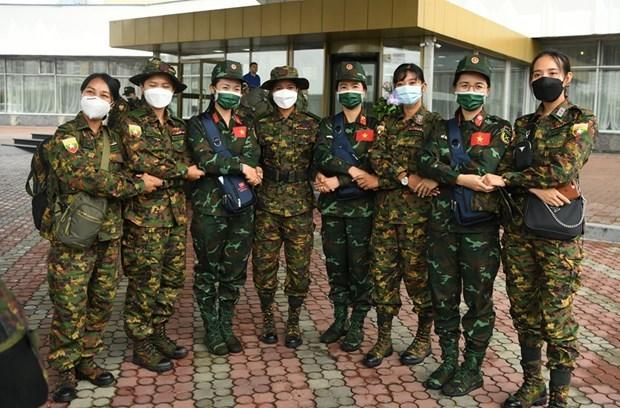 越南野战炊事和军医接力队前往乌兹别克斯坦参加2021年国际军事比赛 hinh anh 2