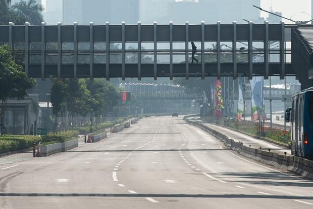 """东南亚新冠疫情:柬埔寨首都延长宵禁措施 印尼首都不处于""""红色区域"""" hinh anh 1"""