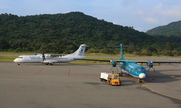 昆岛机场将扩建至年旅客吞吐量200万人次 满足旅客不断增长的需求 hinh anh 1