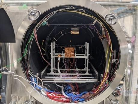 纳龙微型卫星在日本完成最终测试 hinh anh 1