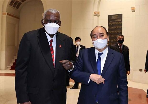 古巴国家主席主持仪式 欢迎阮春福主席对古巴进行正式访问 hinh anh 4