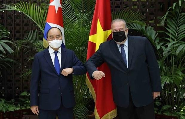 越南国家主席阮春福会见古巴总理 hinh anh 1