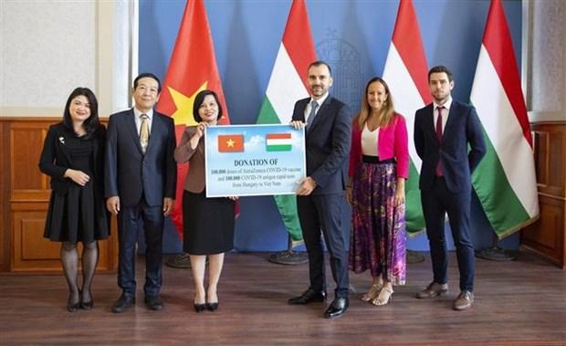 匈牙利为越南捐助疫苗和医疗物资 hinh anh 1