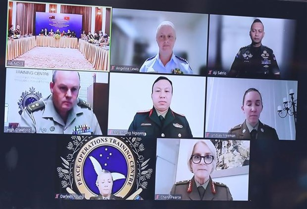 为提升妇女在全球和平和安全事务的参与度创造便利条件 hinh anh 2