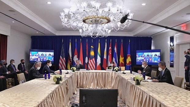 第76届联合国大会:越南外交部领导举行双边会晤并出席相关会外活动 hinh anh 1