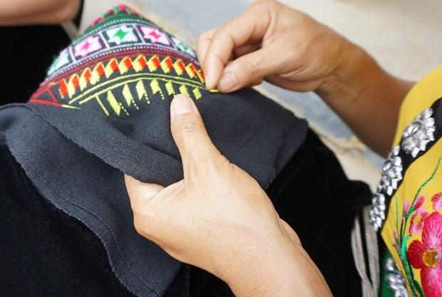 """""""标""""头巾—泰族文化的特色 hinh anh 1"""