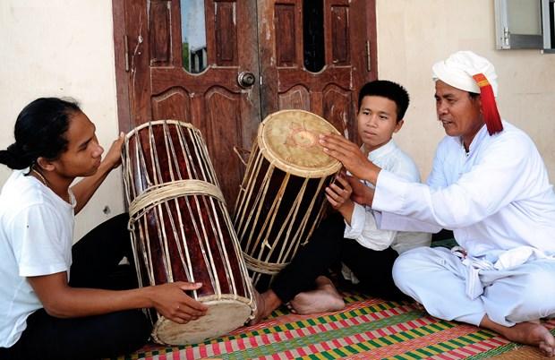 占族传统乐器的守护者 hinh anh 1