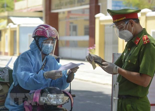 胡志明市的大部分网约车送货员已接种新冠疫苗 hinh anh 1