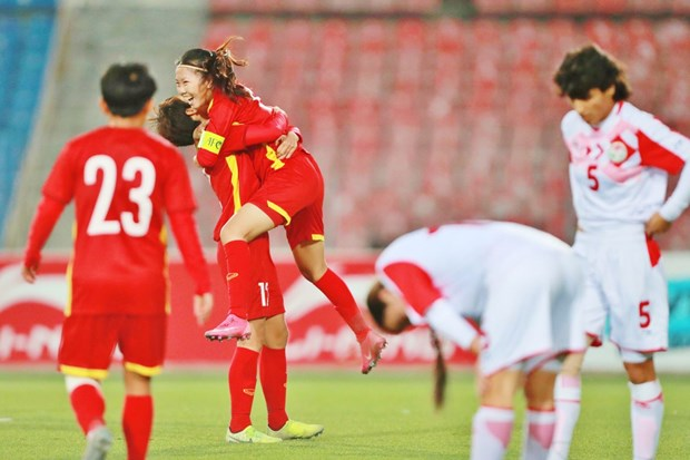 2022年女足亚洲杯预选赛:大胜塔吉克斯坦 越南队获得亚洲杯参赛资格 hinh anh 1