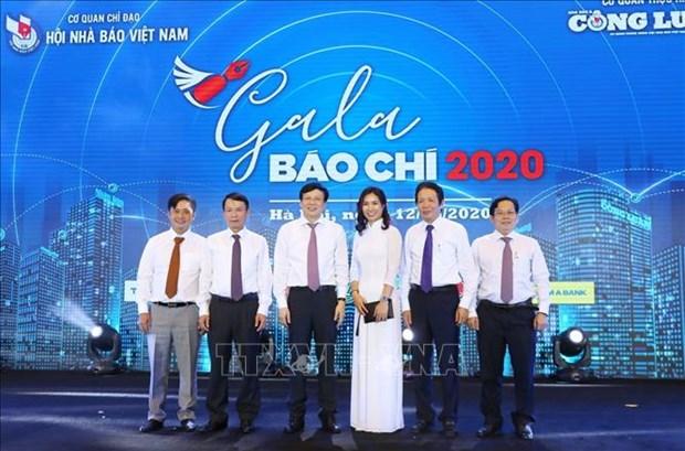 Nhan 95 nam Ngay Bao chi Cach mang Viet Nam: Ton vinh nhung khoanh khac anh bao chi an tuong hinh anh 2