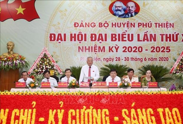Tien toi Dai hoi XIII cua Dang: Phu Thien phan dau nam 2025 tro thanh huyen nong thon moi hinh anh 1