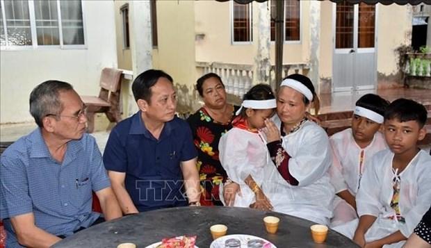 Bac Lieu: Truy tang bang khen cho nguoi dan tu vong vi cuu nguoi duoi ho gas hinh anh 2