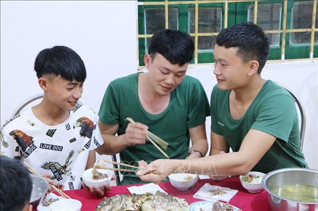 Tiep buoc em den truong noi vung cao bien gioi tinh Lai Chau (Bai cuoi) hinh anh 2