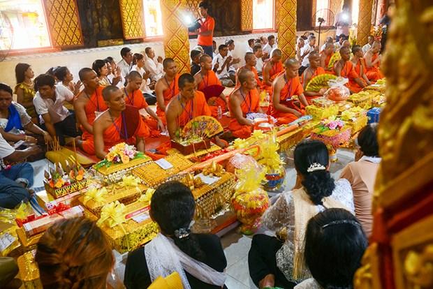 Sac mau Le Kathina cua nguoi Khmer Nam Bo hinh anh 2