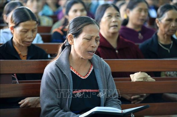 Nha tho Tin Lanh Plei Mo Nu – Chon binh yen cua ba con giao dan hinh anh 7