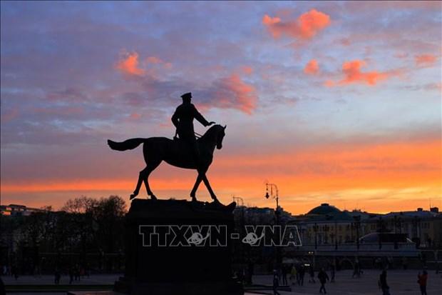 Canh tuong hoang hon hiem gap tren bau troi Moskva hinh anh 12