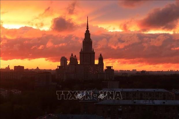 Canh tuong hoang hon hiem gap tren bau troi Moskva hinh anh 6
