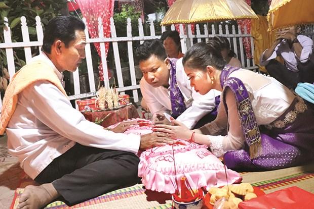 Kru Achar – Cau noi van hoa cua cong dong Khmer Nam Bo hinh anh 1