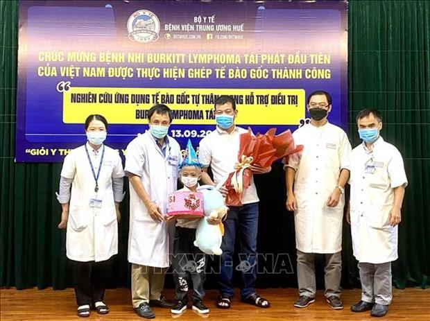 Thua Thien – Hue: Benh nhi dau tien tai Viet Nam tai phat Burkitt Lymphoma duoc ghep te bao goc hinh anh 1