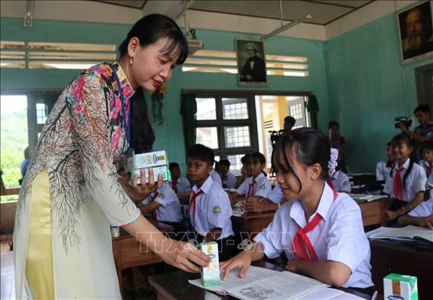 Quy sua vuon cao Viet Nam den voi tre em kho khan Phu Yen hinh anh 2