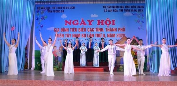 Ngay hoi Gia dinh tieu bieu cac tinh, thanh pho mien Tay Nam Bo lan thu II - nam 2020 hinh anh 1